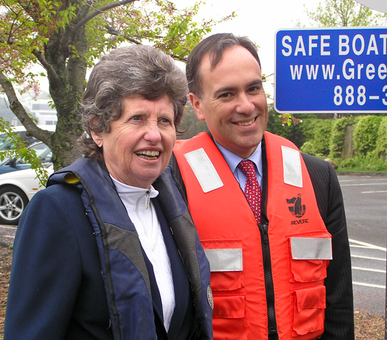 Past-District-Commander Susan Ryan and Town of Greenwich First Selectman Peter Tesei on Grass Island.